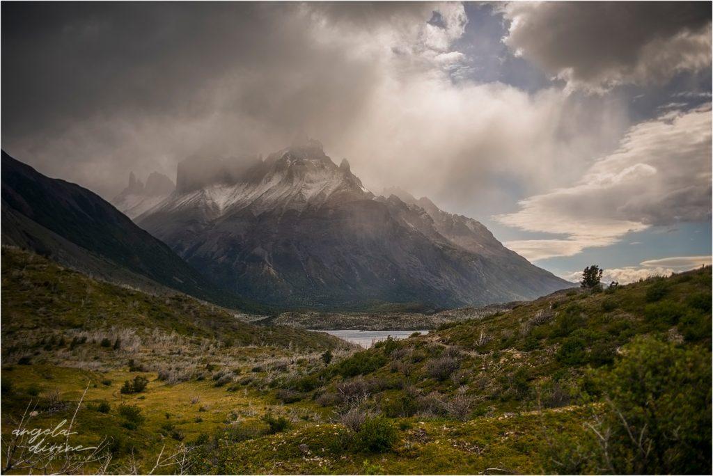 torres del paine w trek in patagonia