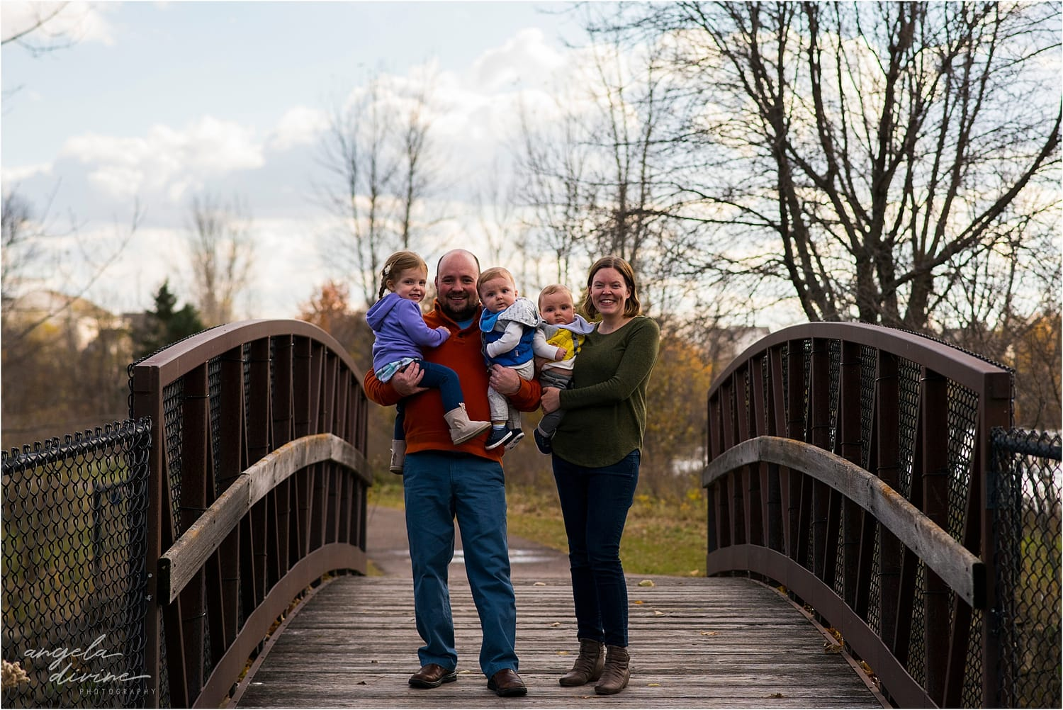 Apple Valley Family Session bridge
