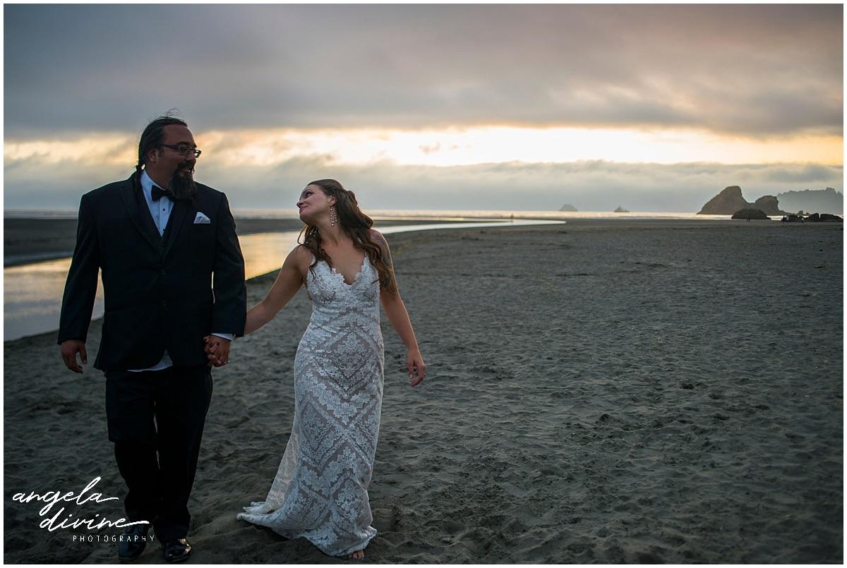 Merryman's Beach House Wedding beach sunset